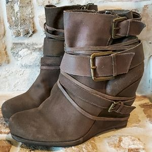 DKNY Dakota Brown Leather Wedge Ankle Boots